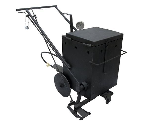 Плавильный ручной котел-заливщик МА-18 - это передвижная установка для плавления мастик (герметиков) и заливки швов и трещин в дорожных покрытиях